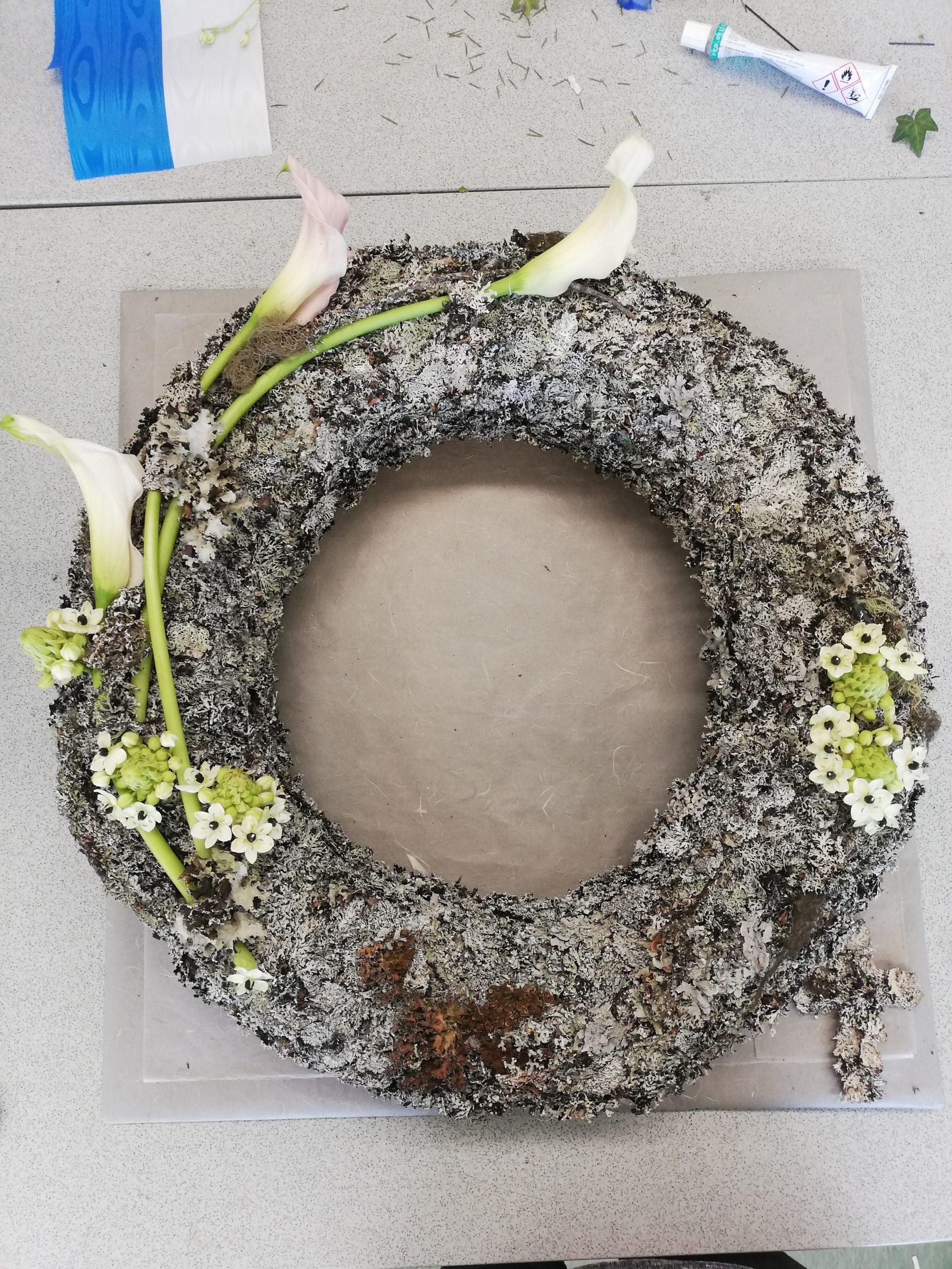 Kukkia, sidontaa ja juhlakukitusta